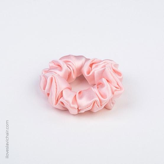 Small Mulberry Silk Scrunchie Pink
